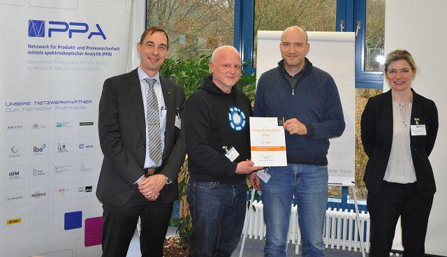 Dr. Andreas Baar (innos-Sperlich GmbH) , Lars Gundrum (Laser-Laboratorium Göttin-gen), Dr. Ulrich Plachetka (AMO GmbH) und Dr. Isabell Schwenkert (innos-Sperlich GmbH)
